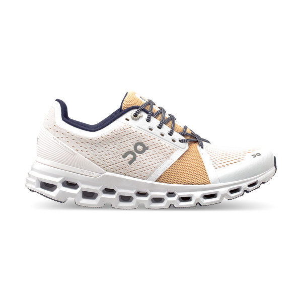 On Cloudstratus Femme White / Almond